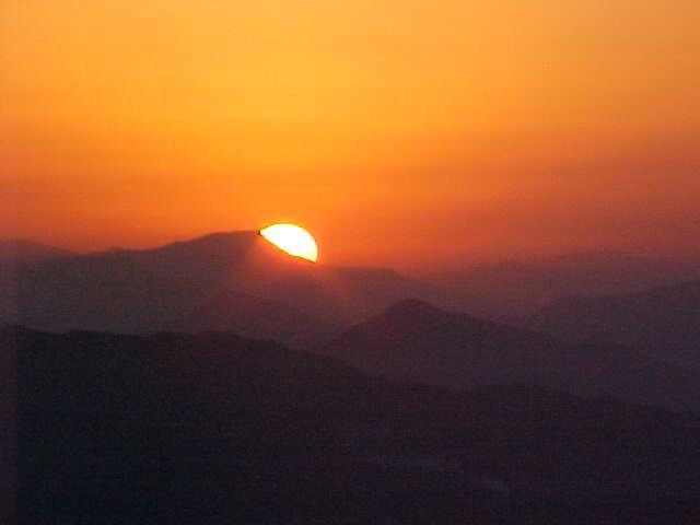 Voir le coucher et lever du soleil tour de 7 jours avec un - Heures de lever et coucher du soleil 2015 ...