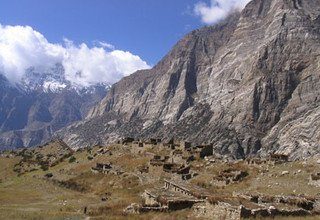 Naar and Phoo Valley - Tilicho Lake Lodge and Partly Camping Trek, 20 Days Fixed Departure