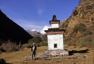 Jomolhari Trek with a Culture Tour of Paro and Thimphu, 15 Days