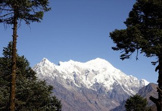 Langtang Valley & Gosaikunda Lake Lodge Treks 18 Days