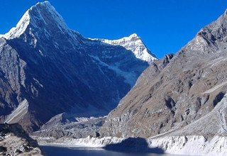 Rolwaling Valley Trek, below Gaurishankar and off the beaten trail, 20 Days