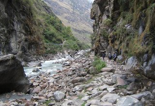 Trekkers Way: Section 2: From Tumlingtar to Lukla via Salpa La 3565m, Lodge Trek 15 Days