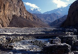 Trekkers Way: Section 6: From Besisahar to Jomsom via Mesokanto-La Pass 5120m, Lodge Trek 17 Days