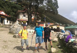 Trek du camp de base de l'Everest, 17 Jours
