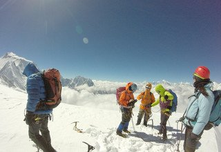 Larkya Peak Climbing, 20 Days