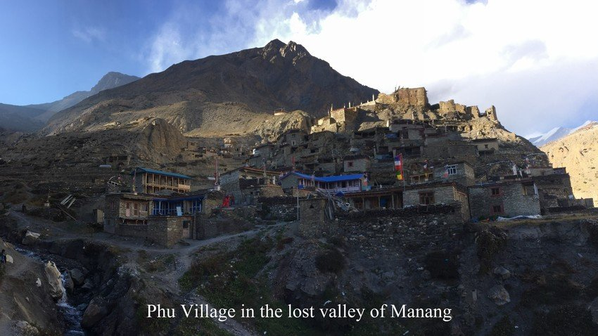 Phu Valley in Manang Valley