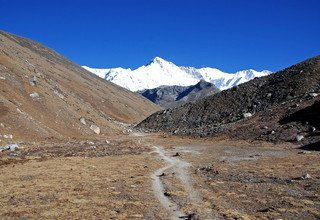 North of Namche Bazzar and Renjo-La Pass Lodge Trek, 14 Days