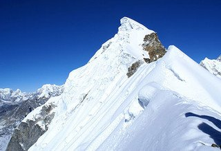 Lobuche West Peak Climbing, 21 Days